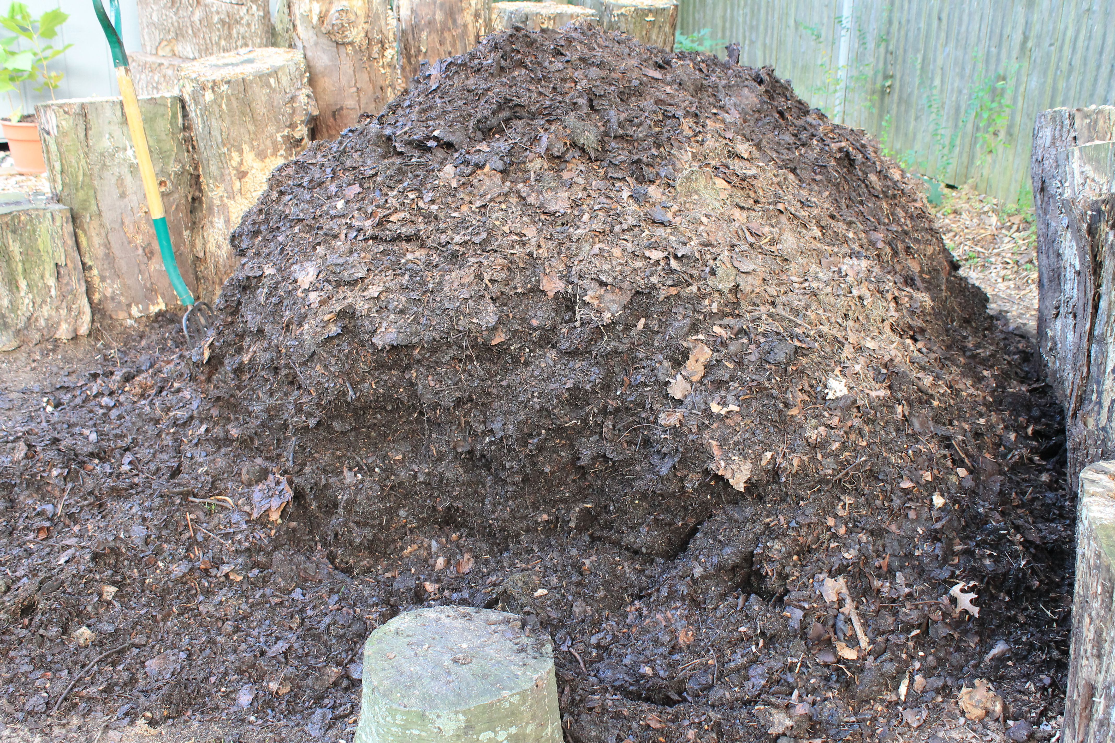 Backyard Mulch Pile :  compost for my vegetable garden, I?ve hardly made a dent in my pile